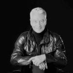 fotografia en blanco y negro del actor y cantante cesar costa cosas que no sabes de el