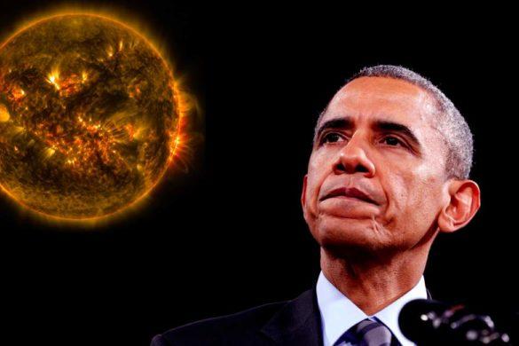 imagen del expresidente obama de traje negro y al fondo especie de meteorito en llamas