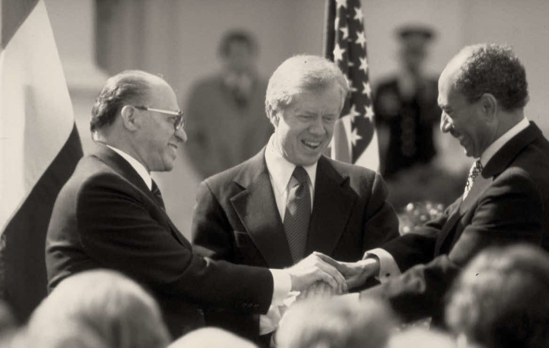 triple saludo de distintos ex presidentes como saber si una persona es confiable