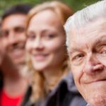 diferentes personas entre hombres y mujeres de diferentes edades tus genes predicen tu salud