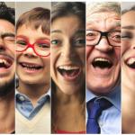 diferentes hombres y mujeres sonriendo sabes cuantos tipos de sonrisas hay