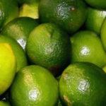 fotografia de numerosos limones conoce los beneficios de los limones congelados
