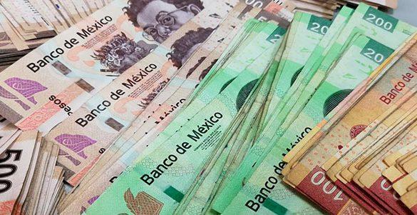 billetes mexicanos en denominaciones de 500 200 y 100 pesos cuanto recibes de aguinaldo