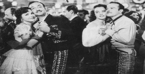 hombres y mujeres en blanco y negro bailando primeros actores mexicanos en hollywood