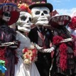 catrina y catrín festejando el día de muertos
